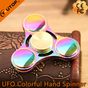 Zinc Alloy Fashion Triangle Toy with Reducing Stress Finger Spinner pictures & photos