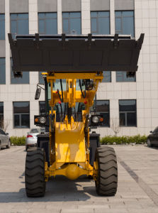 2 Ton Wheel Loader with Cummins Engine pictures & photos