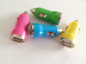 Factory Price High Quality Dual Port Car USB Charger Colorful Mobile Phone Charger pictures & photos