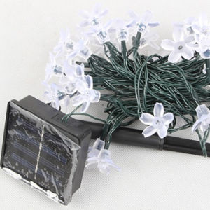 50 LEDs 7m Solar LED String Fairy Lights for Outdoor pictures & photos