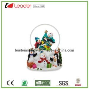 Hand-Painted Polyresin Craft Gift Snow Globe Figurine for Home Decoration and Souvenir Gift pictures & photos
