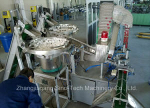 Edible Oil Plastic Bottle Cap Assembly Machine Assembling Machine pictures & photos