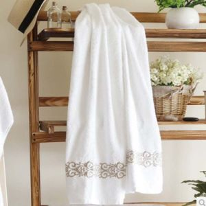 100% Combed Cotton Hotel Bath Towel Collection (DPF201617) pictures & photos
