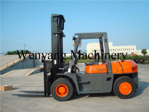China 7ton Isuzu Engine 6bg1 Ce Certificate Diesel Forklift Truck pictures & photos