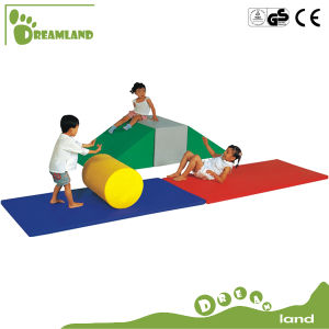 2017 Kids Play Games Daycare Indoor Kids Used Equipment Soft Play for Sale pictures & photos