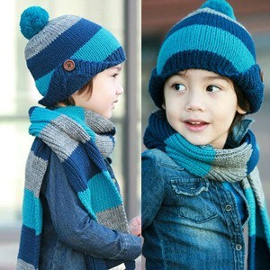 Winter Children Hand Knit Hats&Scarves pictures & photos