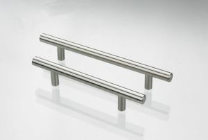 High Quality Iron Furniture Handle (T116)