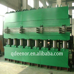 High Quality Tyre Tread Vulcanizing Machine pictures & photos