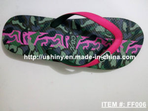 Camo Graphic Flip Flop Beach Slippers pictures & photos