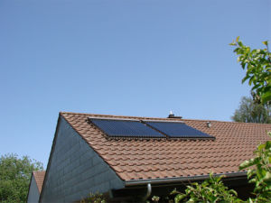 Aluminium Heat Pipe Solar Collector with Solar Keymark En12975 pictures & photos