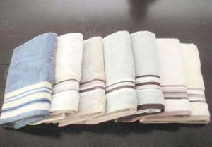 Towel-32 pictures & photos