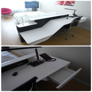 Modern High Quality Office or Home Furniture, High Gloss Office Table pictures & photos