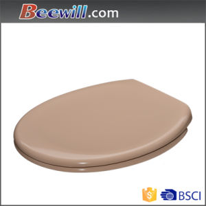 European Soft Close Toilet Seat with Different Colors pictures & photos