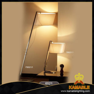 High Quality Polished Chrome Hotel Bedside Desk Lamp pictures & photos