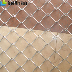 Hot DIP Galvanized Chain Link Fence with Barbed Wire pictures & photos
