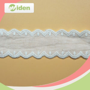 Sampling Order African Fabric Wholesale Embroidery Cotton Lace for Lingerie pictures & photos