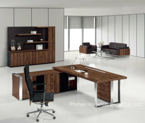 L Shape Modern Wooden Office Manager Desk (HF-TWB113) pictures & photos