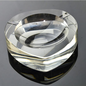 Handmade Crystal Glass Heart Cigar Ashtray (KS13024) pictures & photos