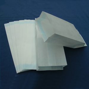 ISO, CE, FDA, TUV Standard Sterilization Paper Bag for Medical Packaging pictures & photos