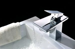 Modern Style Bathroom Basin Faucet (SD-S-L-008A) pictures & photos