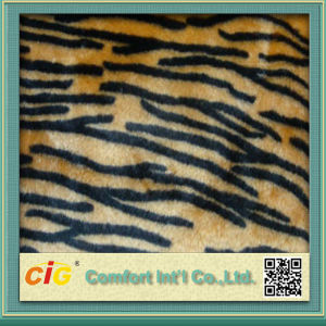 High Quality Colorful 100% Polyester Fake Fur Fabric pictures & photos