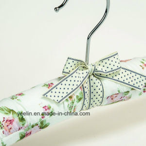 Satin Padded Clothes Hangers Flower Printed Clothes Hangers (YL-yf03) pictures & photos