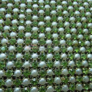 Popular Crystal and Pearl Cake Decorating Trim Mesh pictures & photos