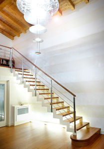 Stainless Steel Balustrade Indoor Stairway Wood Staircase pictures & photos