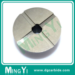 Custom High Quality Metal Die Button pictures & photos