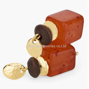 Women Acrylic Beads Square Shape Drop Earrings Vintage Gold Plated Zinc Alloy Pendant Earrings Jewelry for Women Gift pictures & photos