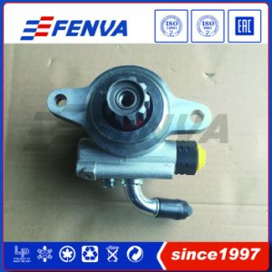 Power Steering Pump for Toyota Hilux OEM 44310-35610 44310-0k030 44310-0k020 pictures & photos