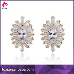 18k Gold White CZ Stone Earring pictures & photos