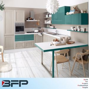 China Manufacturer Design L Shaped Modern Modular Kitchen Cabinet pictures & photos