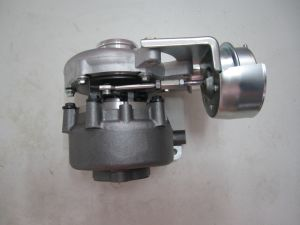 TF035vnt/Tfo35hm/TF035hl-10gk23-Vg 49135-07300 Turbocharger for D4eb, D4eb-V, 2.2 Vgt Cm Euro-3 [Mt] pictures & photos