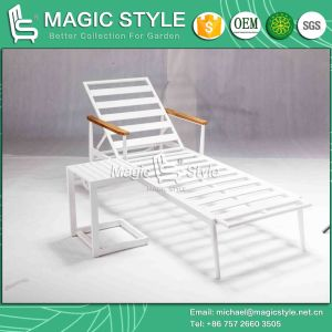 Outdoor Aluminum Sunlounger with Cushion Hotel Project Sunbed for Garden pictures & photos