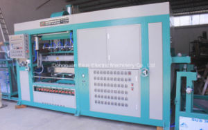 Professional Manufacturer of Blister Vacuum Forming Machine pictures & photos
