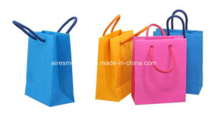 Custom Printed Coated Paper Gift Bags with Ribbon Rope Handle pictures & photos