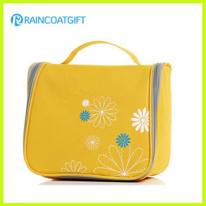 Polyester Yellow Zipper Closure Cosmetic Case Bag pictures & photos