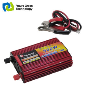 High Quality Solar Power Inverter with USB Charging Port 500W pictures & photos