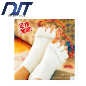 High Quality Thick Five Toe Socks for Health Massage pictures & photos