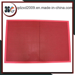 Hot Selling Light Weight S Type PVC Mat pictures & photos