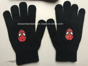 Custom Made Embroidered Spider Man Kids Acrylic Beanie Hat pictures & photos