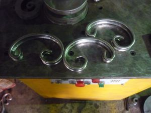 Stainless Steel Hydraulic Bending Wrought Iron Machine of Iron Work pictures & photos
