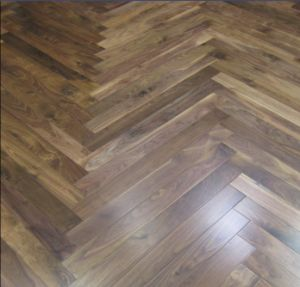 Herringbone Walnut Parquet /Engineered Hardwood Floor pictures & photos