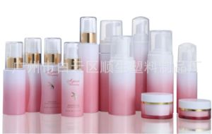 Pet Plastic Packaging Container Cosmetic Foam Pump Bottle pictures & photos