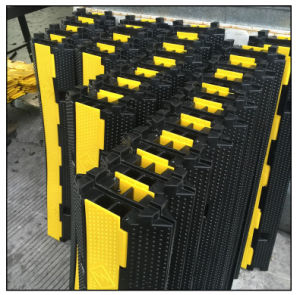 Hot Sales 1-5 Channels / Way Rubber Cable Protector Cable Ramp pictures & photos