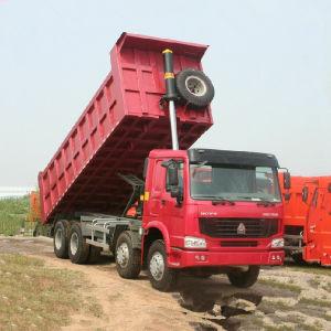 Sinotruk 8X4 Heavy Duty Truck/371HP Truck (ZZ3317N3867W) pictures & photos
