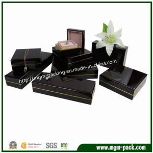 High Quality Black Piano Wooden Jewelry Box pictures & photos