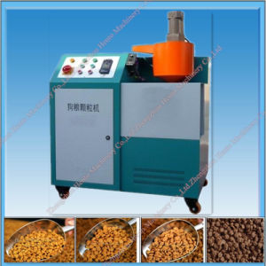 2017 Cheapest Automatic Dog Food Pellet Making Machine pictures & photos