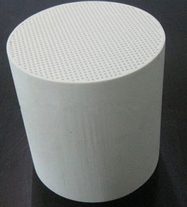 Cordierite DPF Honeycomb Ceramic for Exhaust System pictures & photos